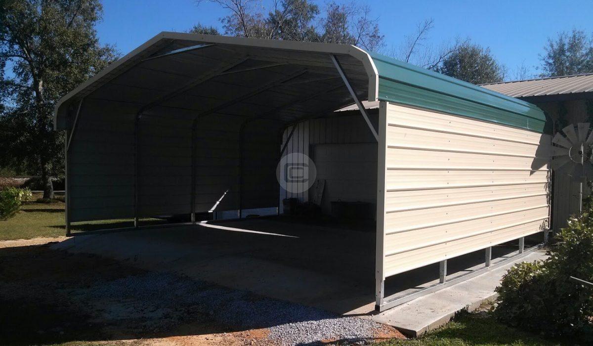 A closed-side carport car shed