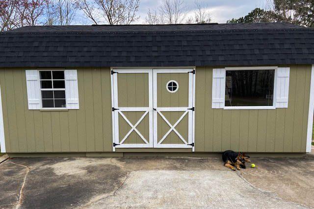 a lofted barn in hawkinsville ga